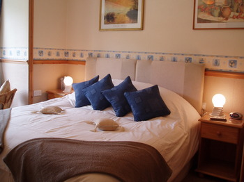 Super Kingsize en-suite room
